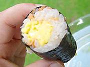 鮭とふんわり卵の海苔巻き